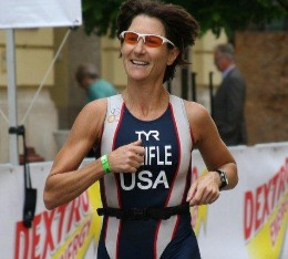 Julie races at Worlds with her Team USA uniform.