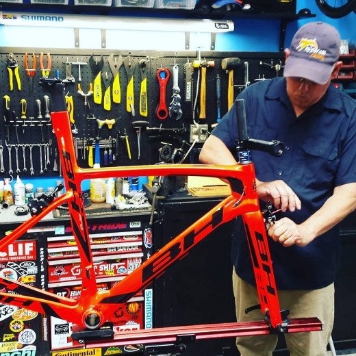 Philip Casanta builds up a new BH G7 Pro Team bike